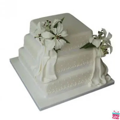 Send easter gifts to india easter gift delivery in india easter 3 tier vanilla cake negle Image collections