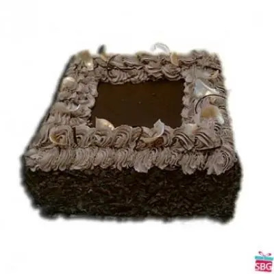 Eggless Chocolate Square Cake