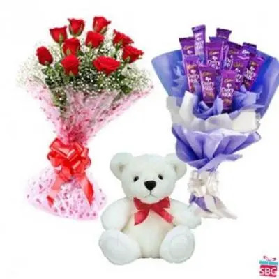 Roses , Teddy With Dairy Milk Bouquet
