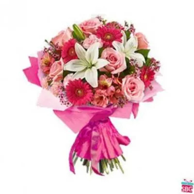Lily, Roses & Gerbera Bouquet