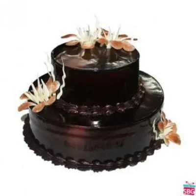 2 Tier Chocolate Cake From 5 Star