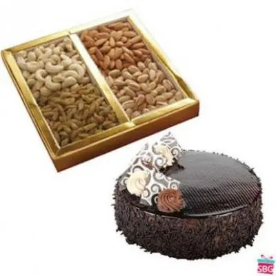 Dry Fruits With Chocolate Cake