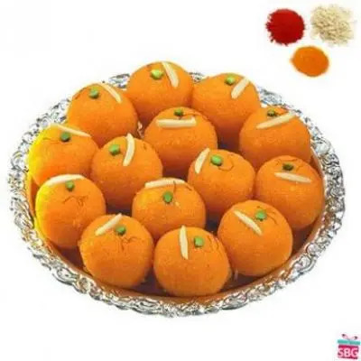 Motichoor Laddu With Rolli Tikka