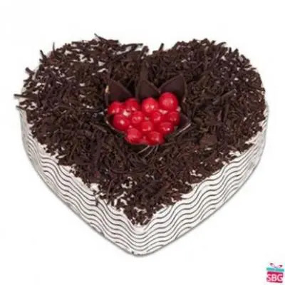 Eggless Heart Shape Black Forest Cake