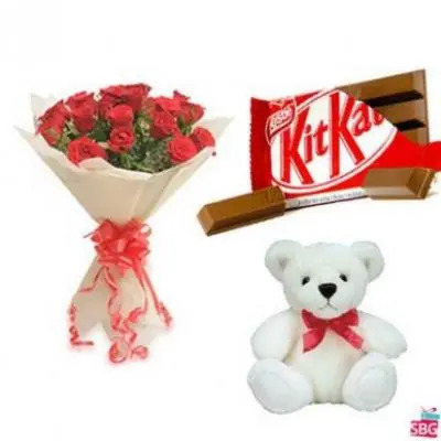 Roses, Teddy With  Kitkat