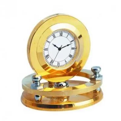 Clocks Golden Round
