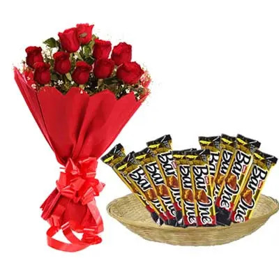 Bar One Hamper With Roses