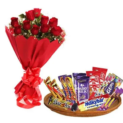 Mixed Chocolates Exclusive Hamper With Roses