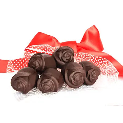 6 Chocolate Roses