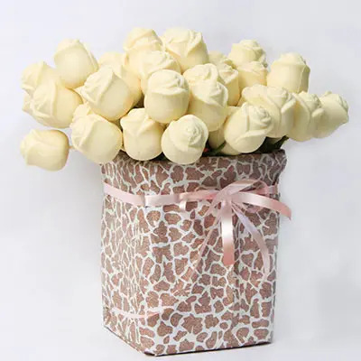 White Chocolate Roses Pack of 50