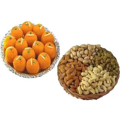 Motichoor Laddo with Dry Fruits