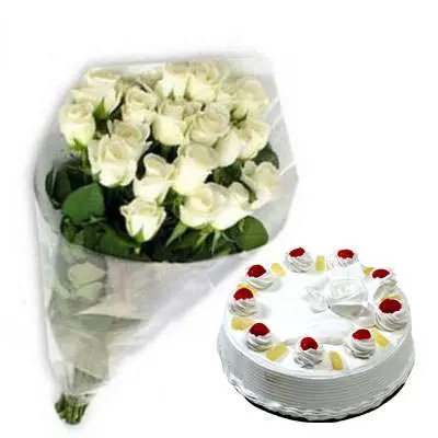 White Roses with Pineapple Cake