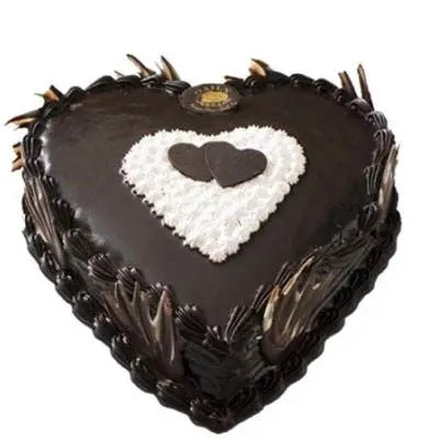 Eggless Heart Shape Chocolate Truffle Cake
