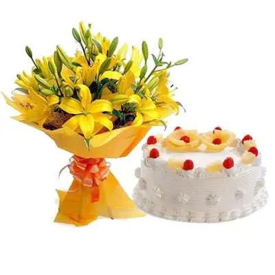 Yellow Lily & Pineapple Cake