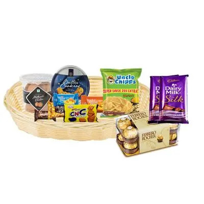 Cookies, Biscuit and Chips Hamper with Chocolates
