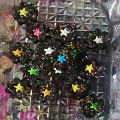 Homemade Chocolates with Gems & Balls