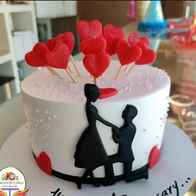 Couple Theme Cake