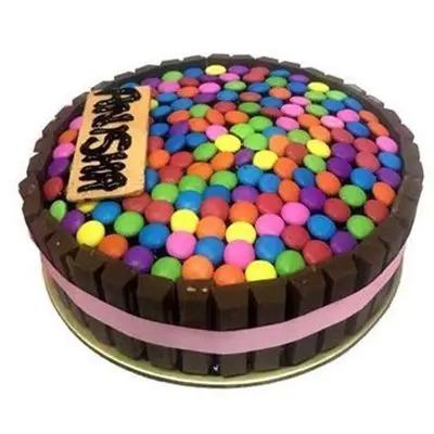 Kit Kat n Gems Cake
