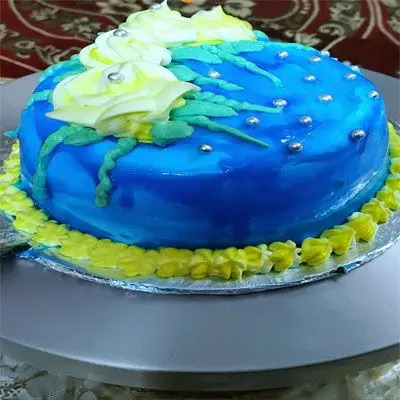 Black Current Birthday Cake