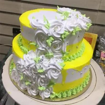 Designer Classic Tier Cake