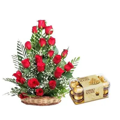 Red Roses Cane Basket with Ferrero