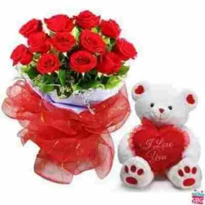 Teddy Bear With Roses