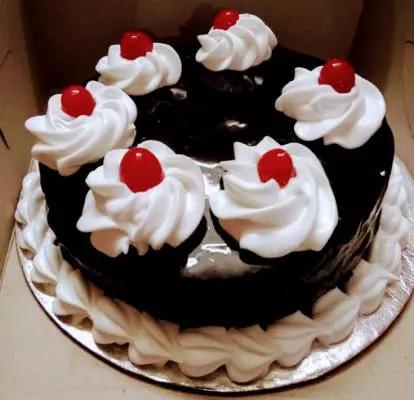 Eggless Chocolate Truffle Super Cake